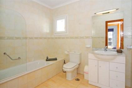 Vistas del Mar Bathroom