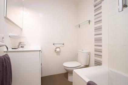 Club Maritima Bathroom