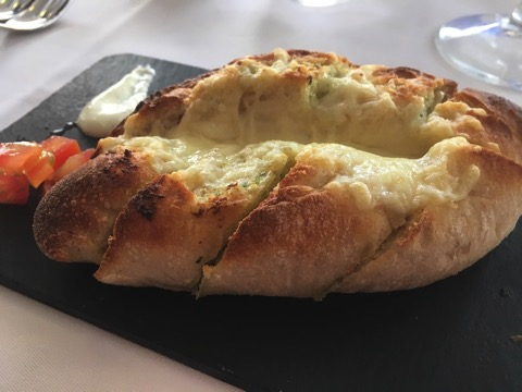 Nicos garlic cheese bread