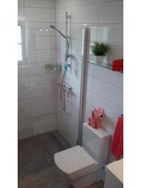 Bathroom20318-1