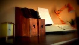 Desk top blurred