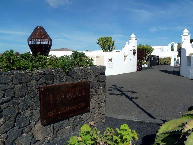 Fundación César Manrique Eingang panoramio