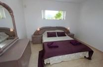 445 bedroom