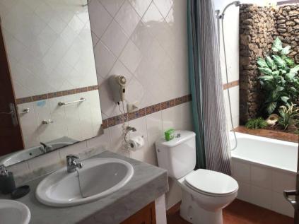 Villa Ani Lee Upstairs En-Suite