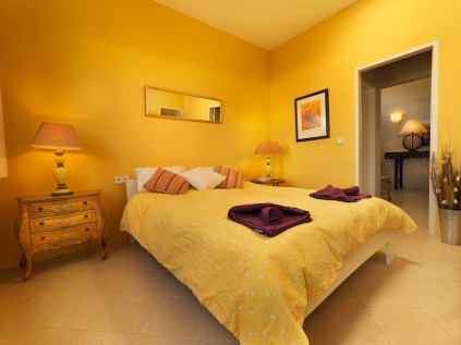 Leopoldo bedroom 1