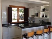 Caleton Blanco Kitchen