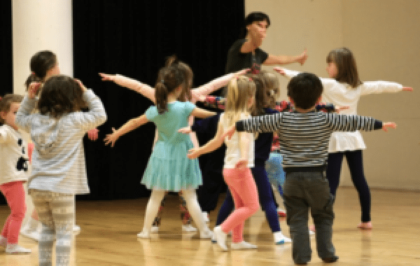 Excel Arts Centre Holding Mini Movers Summer Camp
