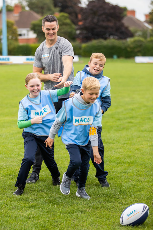 MACE team with Johnny Sexton for new community initiative