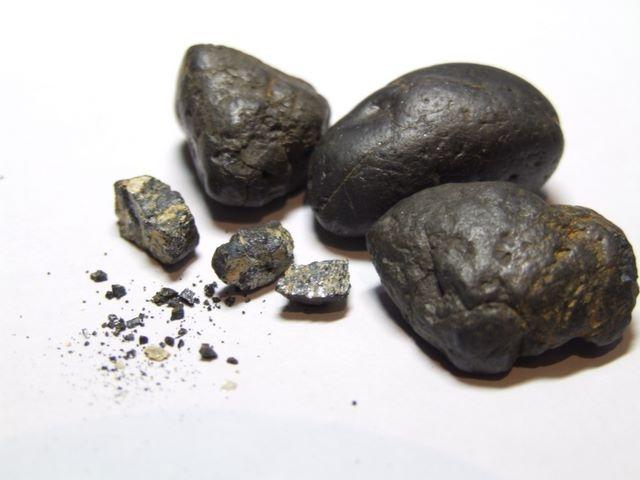 """Yacimiento de Coltán, el """"oro azul"""", en Venezuela"""