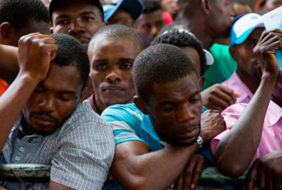 estados-unidos-retira-la-ayuda-migratoria-59-000-haitianos-podran-deportados