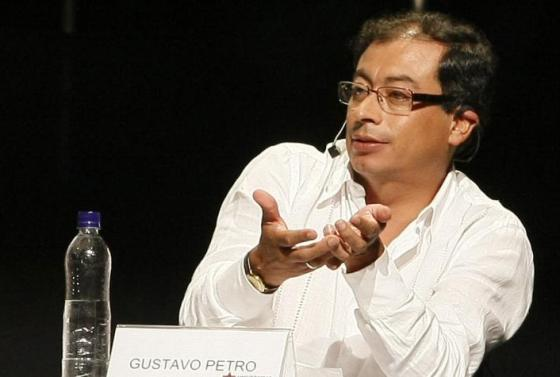 gustavo-petro-outsider-colombiano