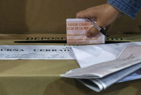 tres-escandalos-en-las-elecciones-legislativas-de-colombia