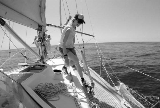 una-argentina-navega-por-el-atlantico-para-generar-conciencia-ambiental
