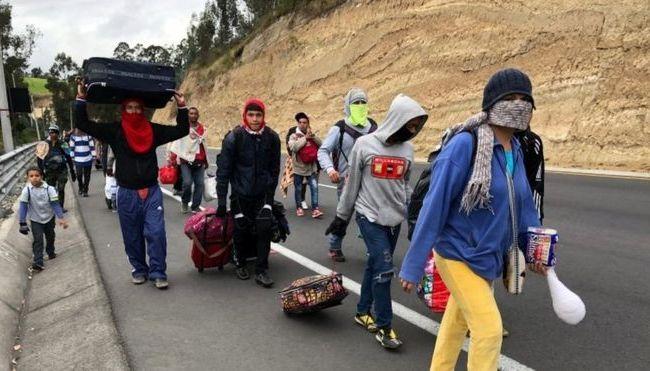 ante-la-llegada-de-inmigrantes-venezolanos-colombia-peru-y-ecuador-toman-medidas