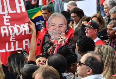 Lula abandona la carrera presidencial y el PT oficializa la candidatura de Haddad