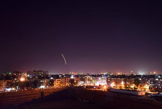 finalmente-el-avion-ruso-fue-derribado-por-un-misil-sirio