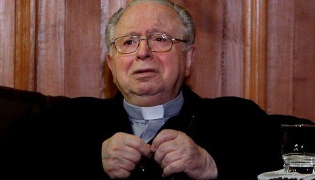 fernando-kadarima-el-polemico-sacerdote-chileno-expulsado-por-el-papa-francisco