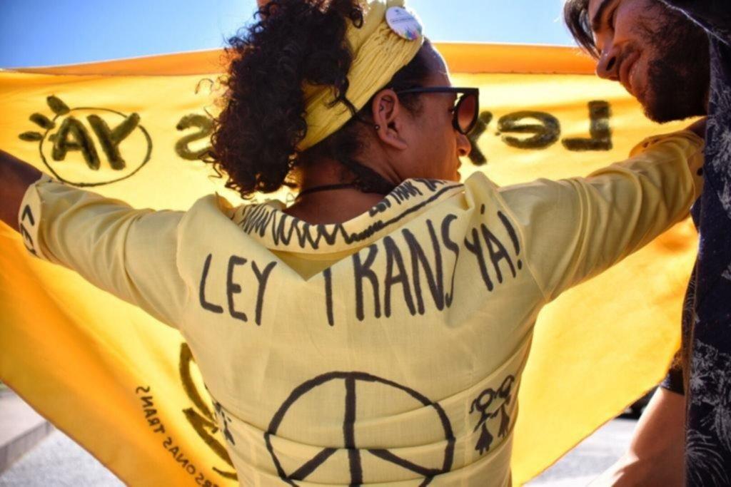 """Uruguay: el Senado aprobó el proyecto de ley para personas """"trans"""""""
