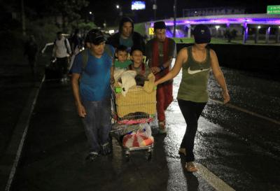 Una nueva caravana partió desde Honduras