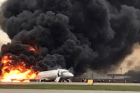 moscu-al-menos-41-personas-murieron-al-incendiarse-un-avion