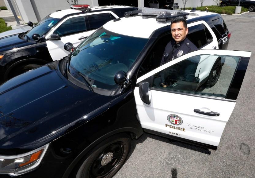 041317 5 lapd latino captains - COVID-19 golpea al Departamento de Policía de LA: suman 6 fallecidos