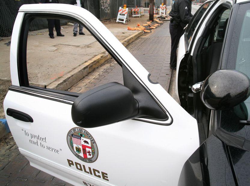 lapd car - COVID-19 golpea al Departamento de Policía de LA: suman 6 fallecidos