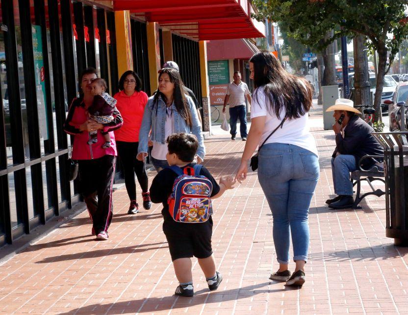 100119 5 huntington park - Desigualdad de vacunas en el área del sureste de Los Ángeles