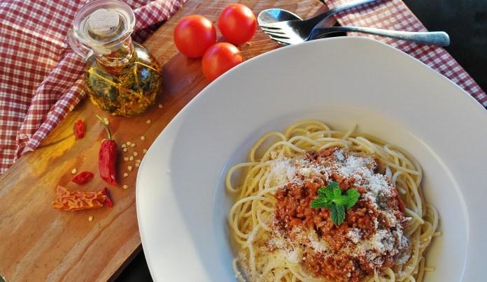 Pasta in tomato sauce.