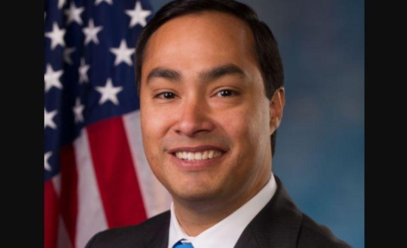 joaquin castro 12 - Congresista de San Antonio busca que ninguna propiedad federal lleve el nombre de Donald Trump; pide renuncia de Ted Cruz