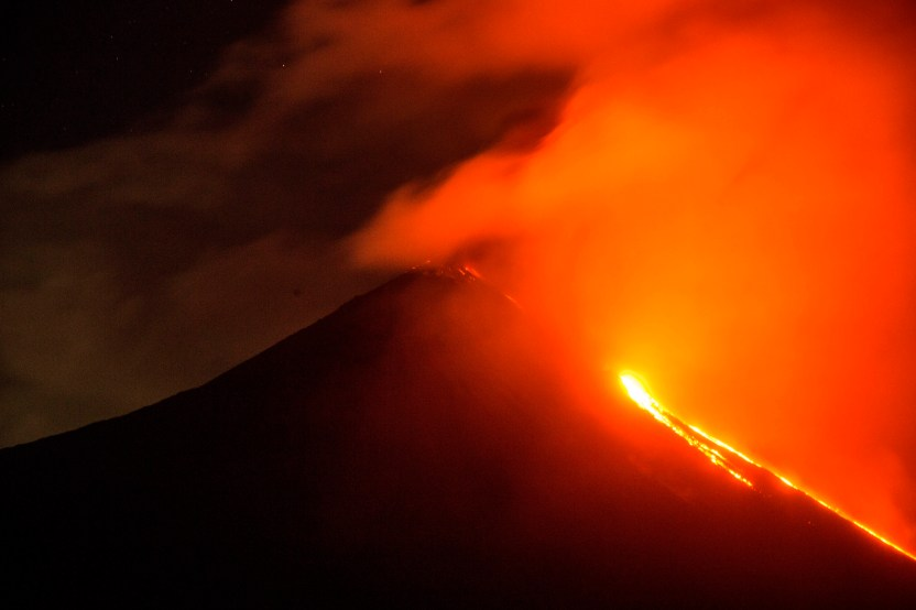 volcan pacaya af6b2a6f4cd5e39f7eb15dcb1281f78b7312cdfd - El volcán Pacaya de Guatemala entra en erupción por segunda vez en tres días