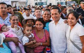 Un gobierno transparente canaliza los recursos a atender las necesidades de la gente: Carlos Joaquín