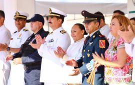 Llama Cristina Torres a recuperar y exaltar los valores cívicos