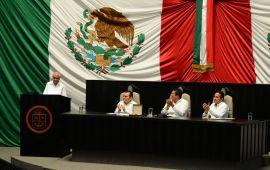 """Entregan de manera póstuma la medalla """"Andrés Quintana Roo"""" al general Rafael E. Melgar"""