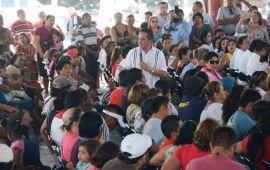 Ya hay más de 24 mil 900 personas capacitadas para que, través del autoempleo y mejores salarios, vivan mejor: Carlos Joaquín