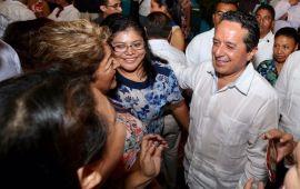 Con créditos para mujeres emprendedoras, se atiende la carencia de ingreso y mejora la economía familiar: Carlos Joaquín