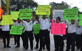 Sindicato de Taxistas también presiona por rutas en aeropuerto