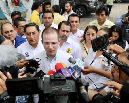 PRD y PAN piden imparcialidad a PGR en caso Vergara; MORENA exige auditar su paso por el Gobierno