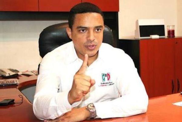 Raymundo aun no acepta debate
