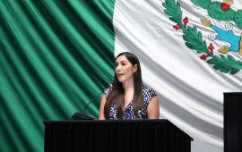 Ingresa Candy Ayuso a Gran Comisión, y oficialismo reafirma control del Congreso