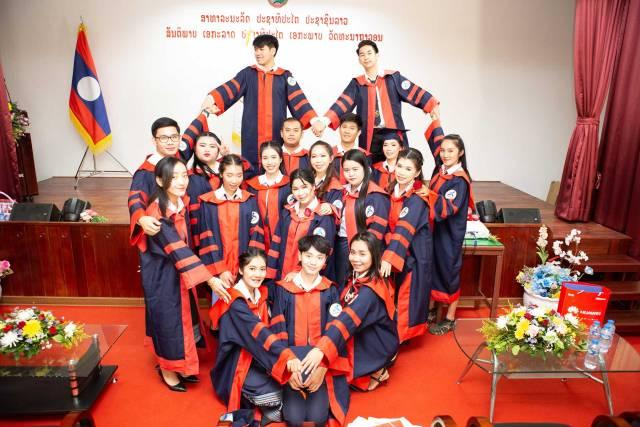 ວິທະຍາໄລ ລາວ-ທ໊ອບ ຮັບໃບປະກາດ ຈົບການສຶກສາ ສະຫຼຸບສົກຮຽນ Lao-Top-College-graduation-class-2019