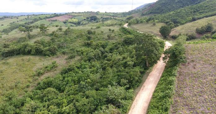 Foto panorámica de vía Chalán en los Montes de María