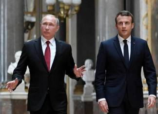 Vladímir Putin y Emmanuel Macron