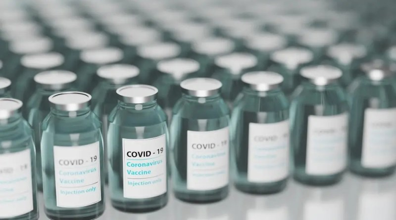 Registro abierto para vacuna contra Covid-19 en adultos mayores