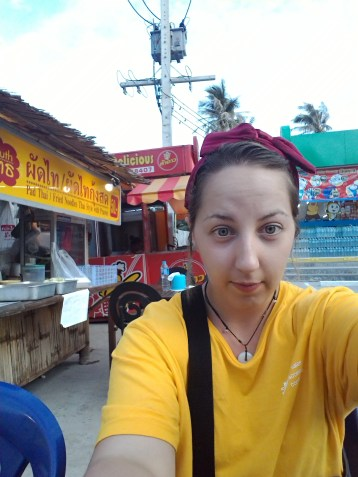 I look like a child...the Pad Thai place is the yellow place to the left