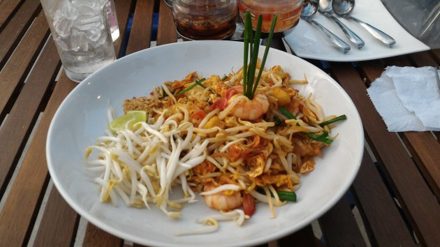 Pad Thai.. it tasted as good as it looks