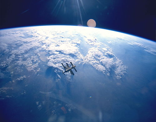 10 Cerita Manusia dan Penjelajahan Luar Angkasa