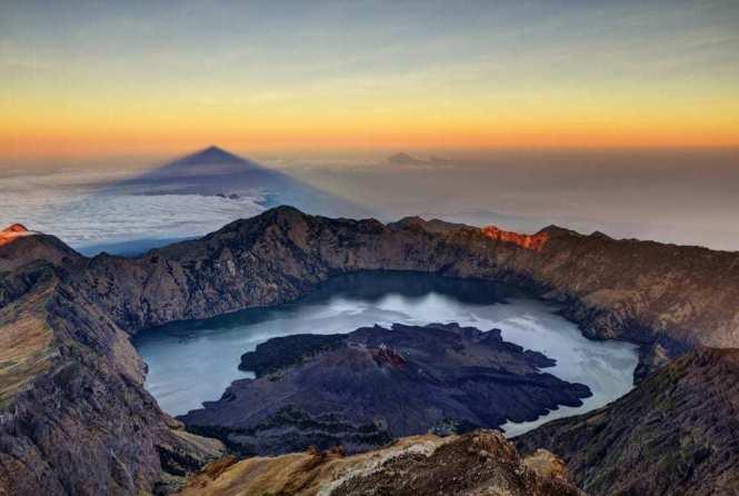 7 Motivasi Unik Mendaki Gunung, Kamu Yang Mana?