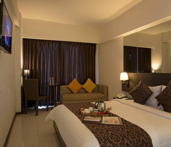 11. Solaris Hotel