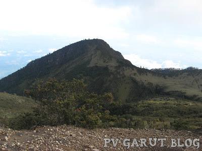 Ini Dia 5 Gunung Terseram di Indonesia