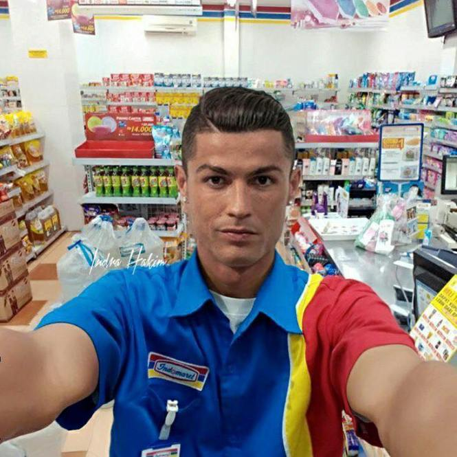 Christiano Ronaldo jadi pegawai Indomaret